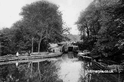Bottom Lock around 100 years ago.