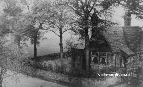 The Park Cottage as it was many years ago.