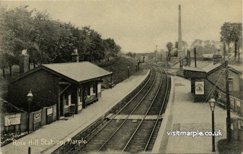 Rose Hill Station c. 1914, looking South. Note the chimney of the rail served Tym's brickworks