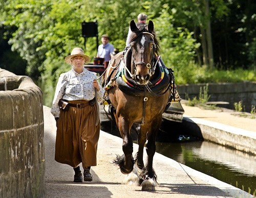 Sue Day and Horseboat Maria arrive for the last Festival in 2015
