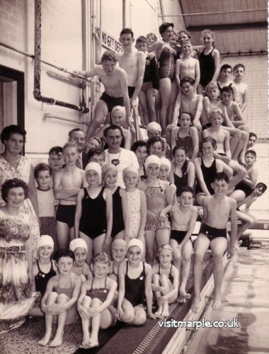 Swimming Club 1957/58