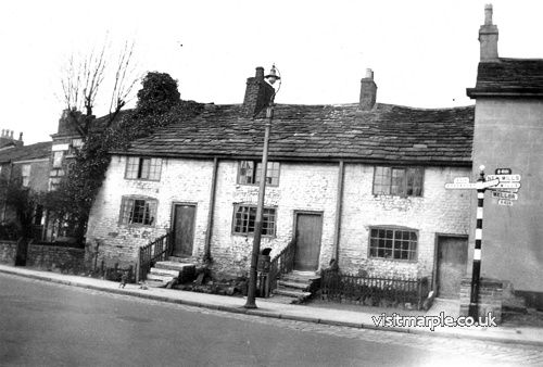 The Jolly Sailor Cottages in around 1934