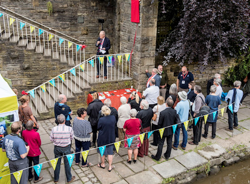 Transport Trust Red Wheel unveiling at Possett Bridge