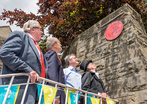 Red Wheel Plaques unveiled