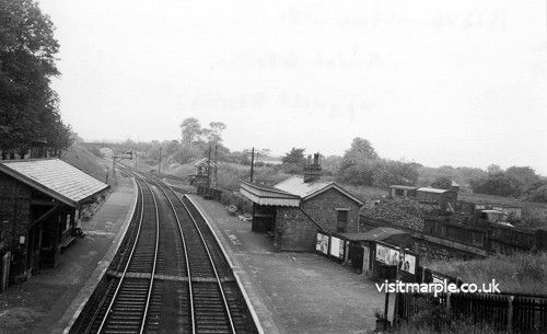 Compare with the photograph below taken in 1914. Almost identical. Note that although the chimney has disappeared, very little else has changed in 50 years.