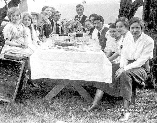 Richardson family picnic at Greenclough Farm